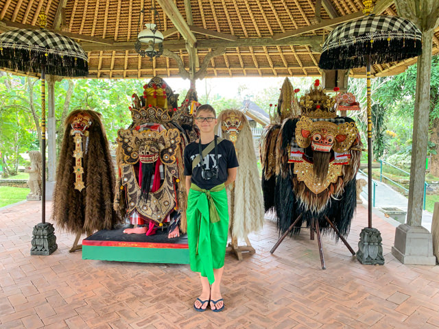 I'm posing with the Barong