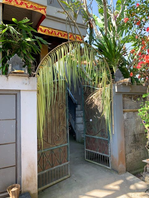 The entrance to Gusti's house